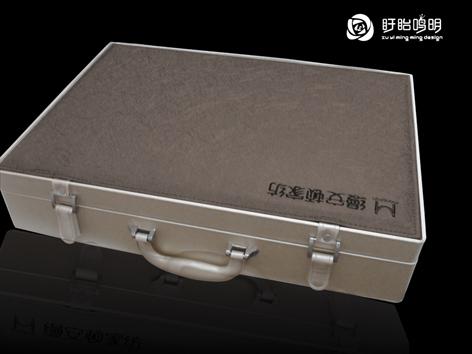 AE高档件套皮箱.JPG