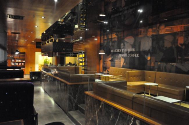 MOMO cafe9.jpg