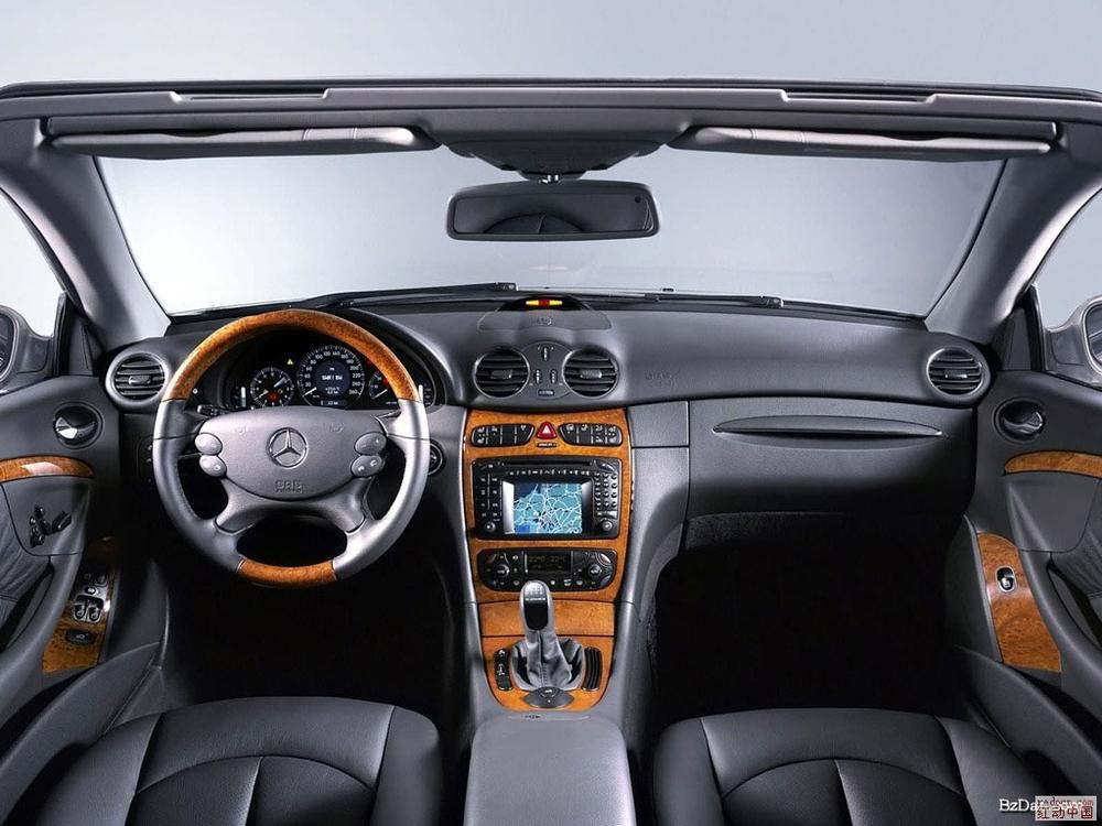 谁有汽车内部的大图片?急. 关键词: 汽车 角度 印刷 总悬