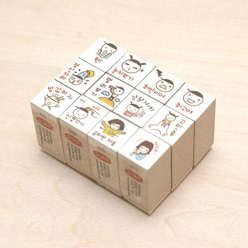 可爱卡通形象包装盒设计